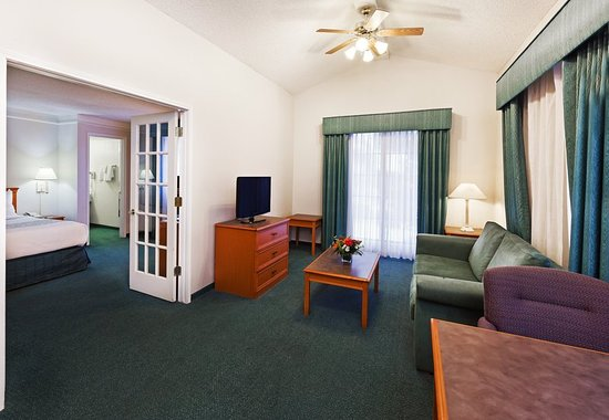 Eagle Pass, TX: Suite