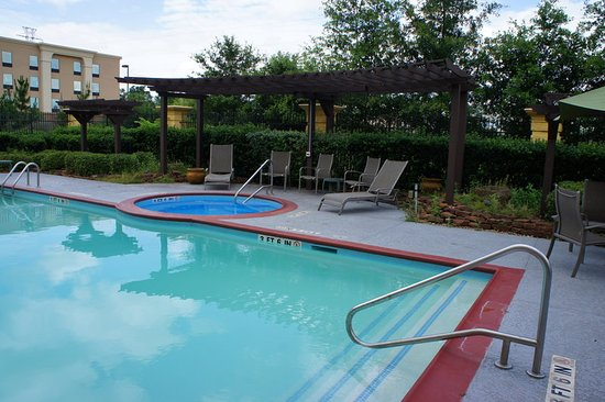 Tomball, TX: PoolView