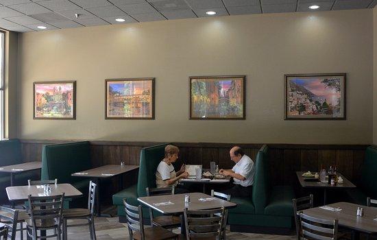 Cornelius, NC: Dining Area