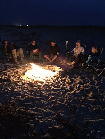 Oak Bluffs Inn: Bonfire at nearby beach