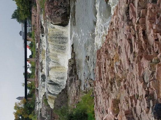 Το Πάρκο Falls: 20170923_154253_large.jpg
