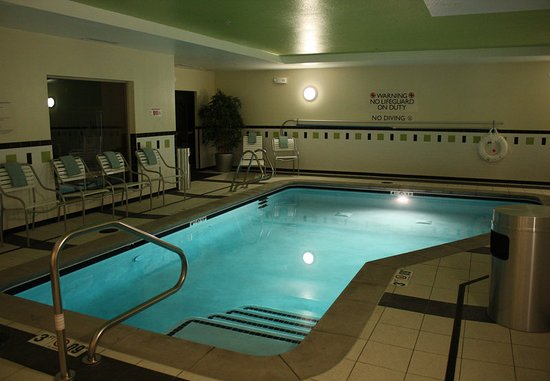 Morgantown, Virginia Occidental: Indoor Pool & Whirlpool