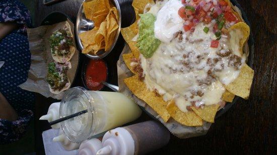 แครอลสตรีม, อิลลินอยส์: Burrito Parrilla Mexicana