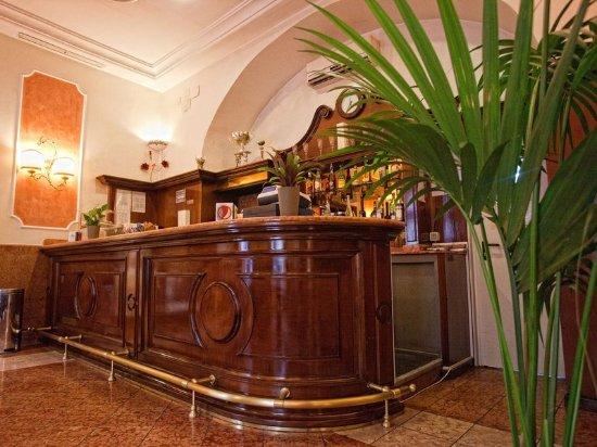 Creazzo, Italien: Bar/Lounge