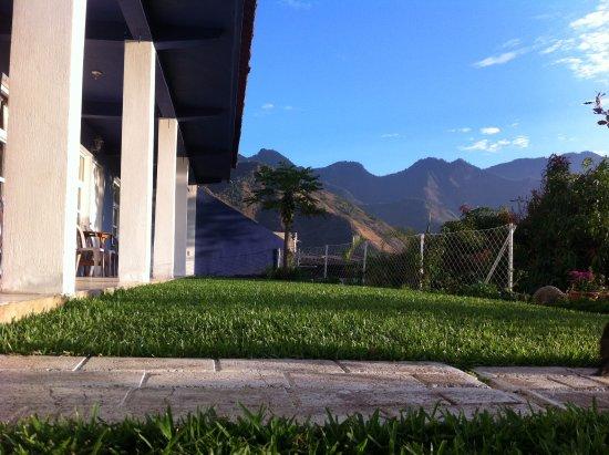 San Juan la Laguna, Guatemala: Jardín del Hotel Pa Muelle