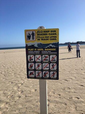 Santa Cruz Main Beach: 徹底されています