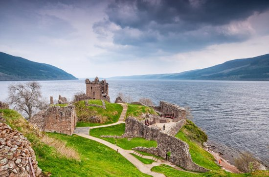 Highlander Loch Ness and Culloden...