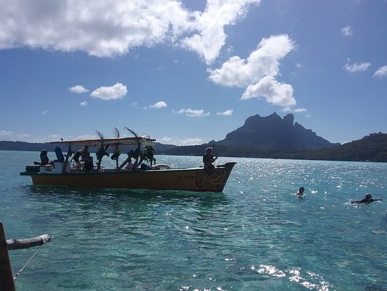 Maohi Nui : One of the other boats
