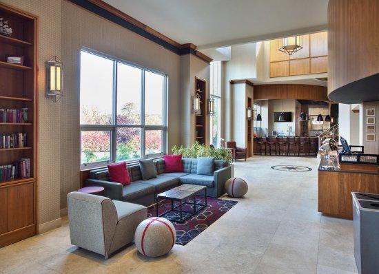 Plainview, Nowy Jork: Lobby