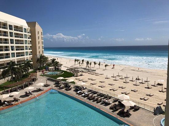 The Westin Lagunamar Ocean Resort Villas & Spa, Cancun: View from our room.