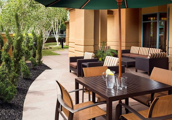 Pleasant Hill, CA: Patio