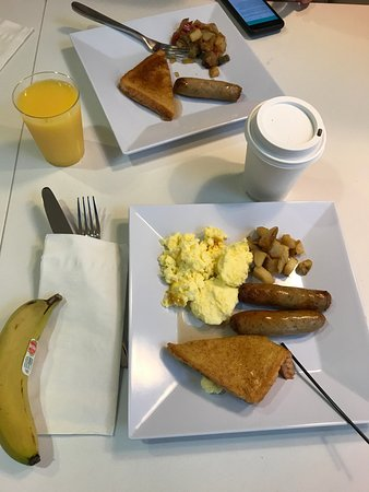 Norristown, Pensilvania: Delicious complimentary breakfast