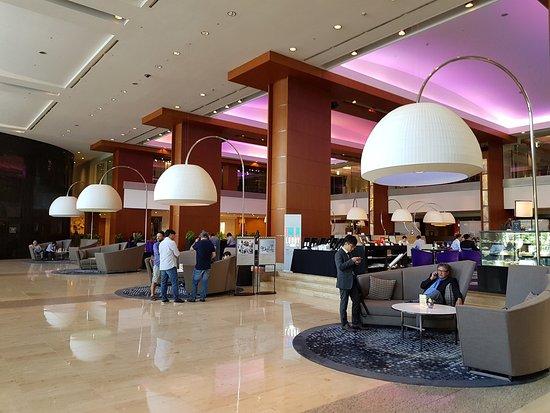 The lobby of Intercontinental Seoul COEX