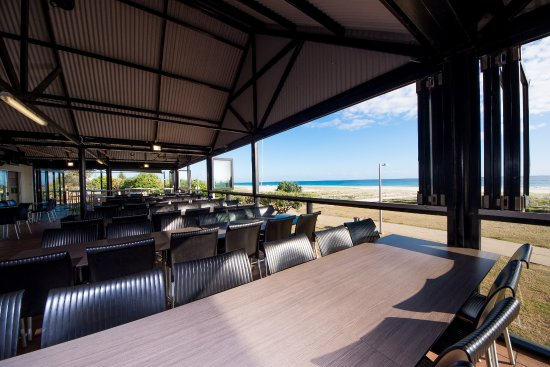 The Bar at North Kirra - Picture of North Kirra Surf Club ...