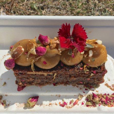 Bondi, ออสเตรเลีย: Moist carrot cake!