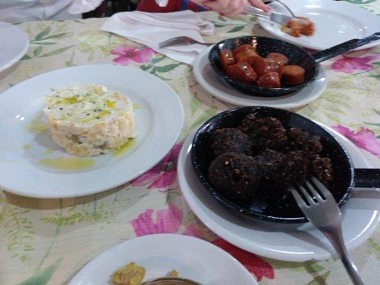 Restaurante hostal restaurante el rey de oros en alcal de - Cocinas en alcala de henares ...