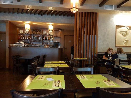 restaurant thai restaurant dans croissy sur seine avec cuisine asiatique restoranking fr