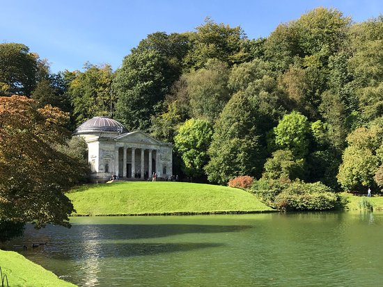‪Stourhead House and Garden‬