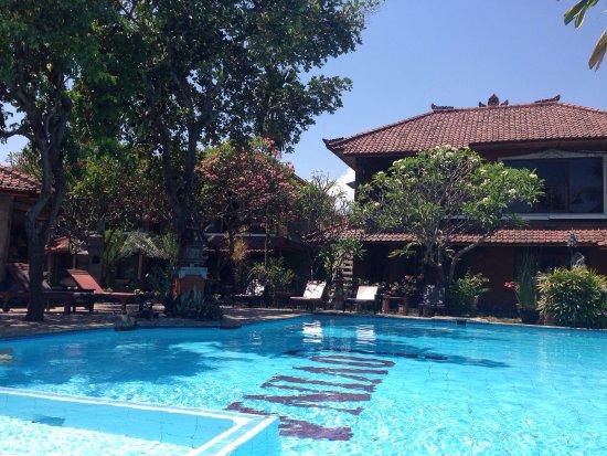 Lovina Beach Hotel: photo0.jpg