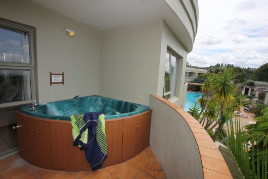 Whangamata, Nova Zelândia: Two Bedroom private balcony with private spa