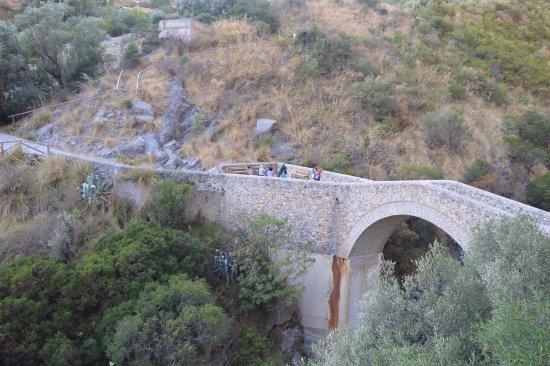 Civita, Italy: Ponte del diavolo