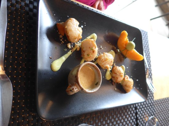 Pont-d'Ouilly, France: Scallops