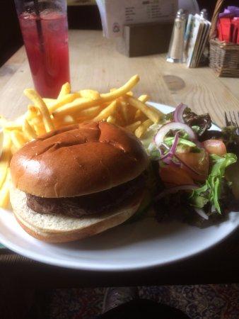 Holmrook, UK: Lovely tastey meal,good size portions
