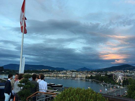 Four Seasons Hotel des Bergues Geneva: photo1.jpg