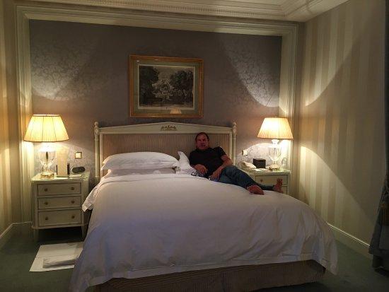 Four Seasons Hotel des Bergues Geneva 사진