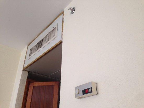 Jerusalem Gate Hotel: AC system