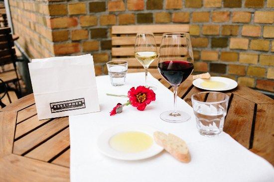 Restaurant Esszimmer Im Rathaus: Mittag Auf Der Terrasse