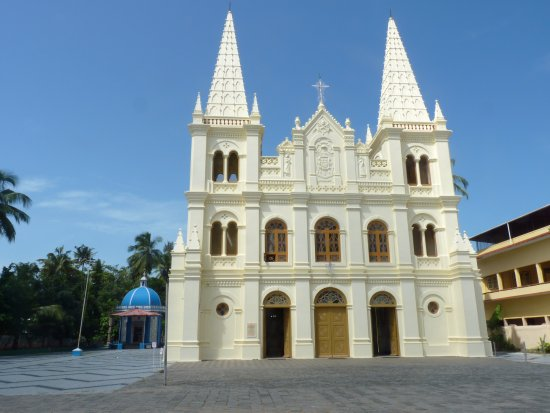 Heavenly Home Stay: Santa Cruz Cathedral Basilica