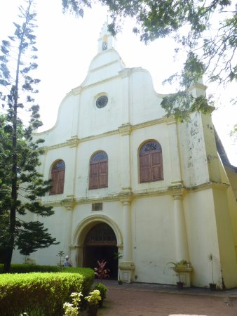Heavenly Home Stay: St Francis Church