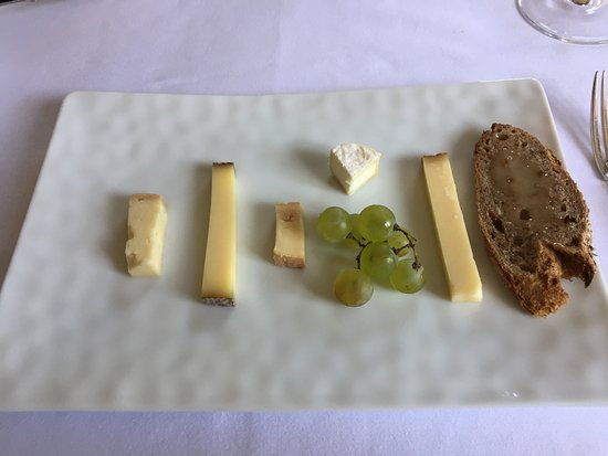 Vufflens-le-Château, Sveits: Fromages