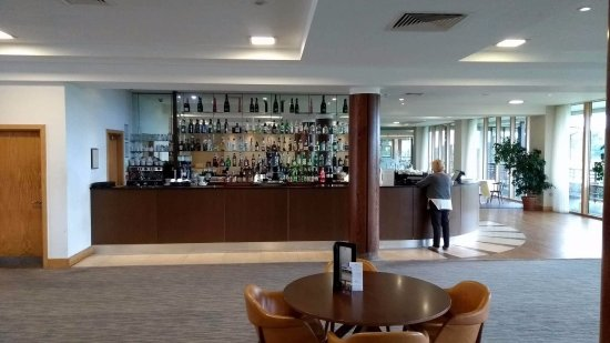 East Sussex National: Bar