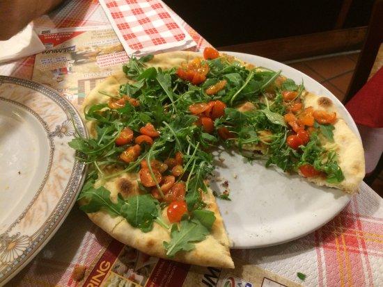 Foto di pizzeria il portico di san donato for Il portico pizzeria bologna