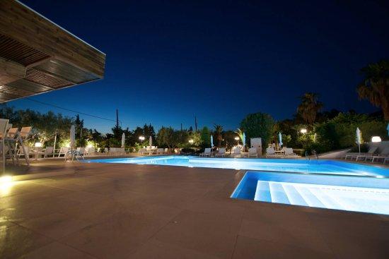Trikorfo, Hellas: Pool