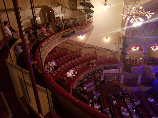 20170923 194600 large jpg picture of fulton theatre lancaster