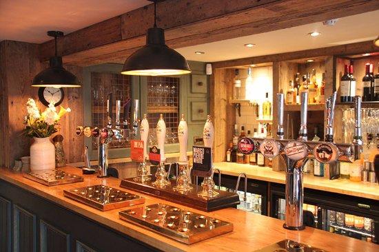 Weaverham, UK: Where it all begins...the bar!
