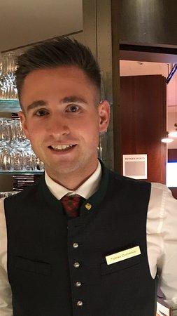 Hof bei Salzburg, Austria: Tobias the best bartender in all of Europe!