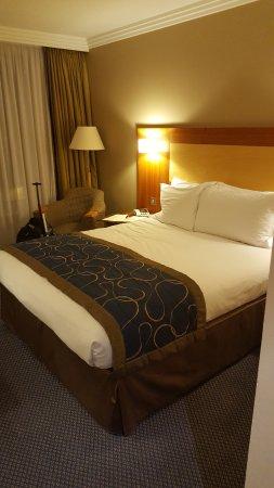 Sofitel London Gatwick: Comfortable & cosy bed