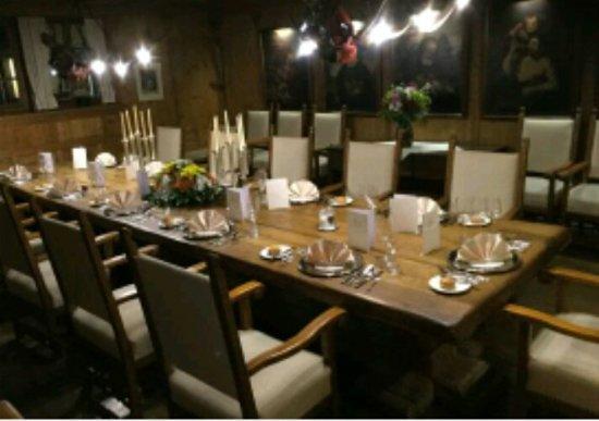 Wartmannsroth, Almanya: Restaurant Scheune im Romantik Hotel Neumühle