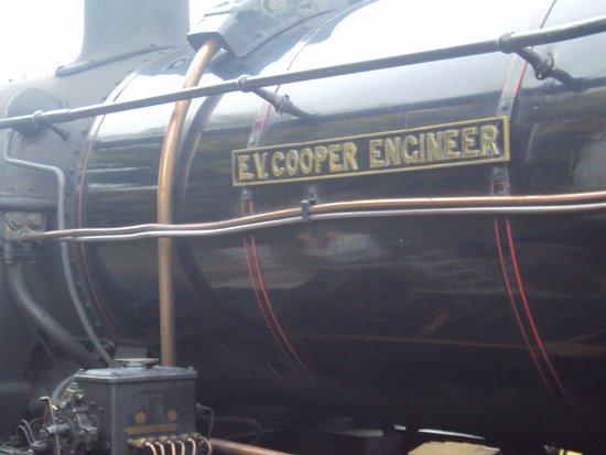 Aviemore, UK: Named locomotive 46512 Strathspey Railway