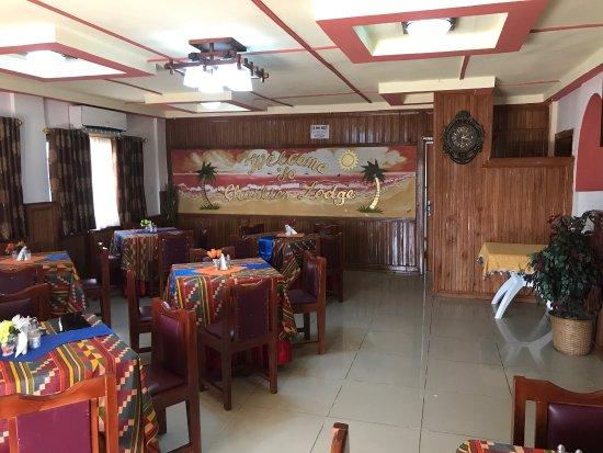 Buchanan, Liberia: Kamaneahn Hotel Inc