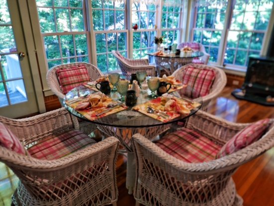 Camden Maine Stay Inn: Breakfast at Maine Stay Inn
