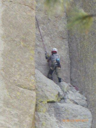 เดวิลส์ทาวเวอร์, ไวโอมิง: Climbing Devil's Tower (not for the amateur!)