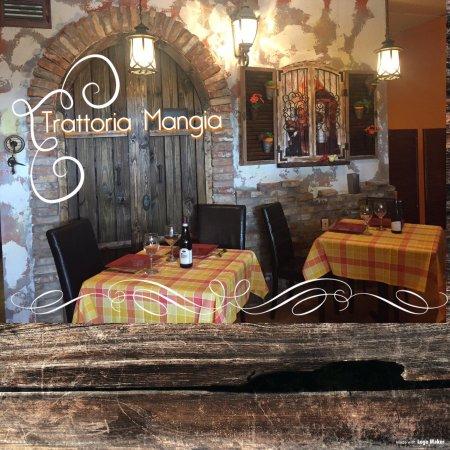 2cf2378fa0 TRATTORIA MANGIA, Napoli - Ristorante Recensioni, Numero di Telefono & Foto  - TripAdvisor