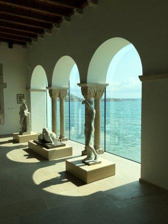 Museu Cau Ferrat a la derecha - Foto van Museu Cau Ferrat, Sitges - TripAdvisor