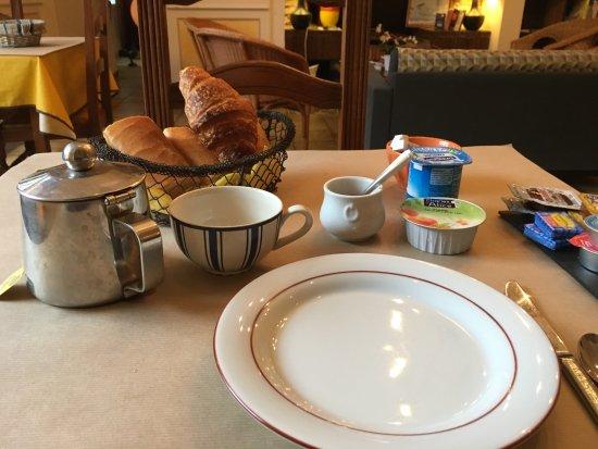 Au Fin Gourmet Hôtel & Terrasse: Frühstück ist sehr basic