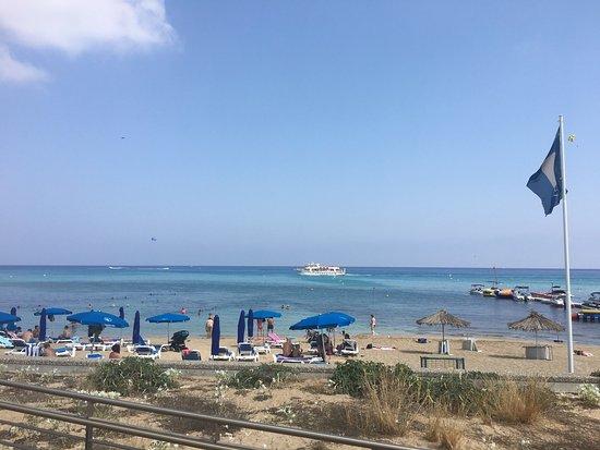 Vrissiana Beach Hotel : photo1.jpg